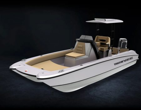 220 BAY – Center Console – Electric