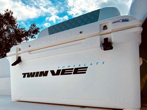 Twin Vee- Engel Cooler